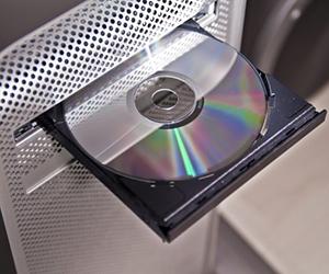Windows 10 не видит дисковод