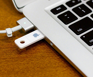 Отформатировать флешку на Mac